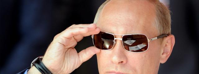 Путин подписал закон о блокировке сайтов молниеносно и без суда