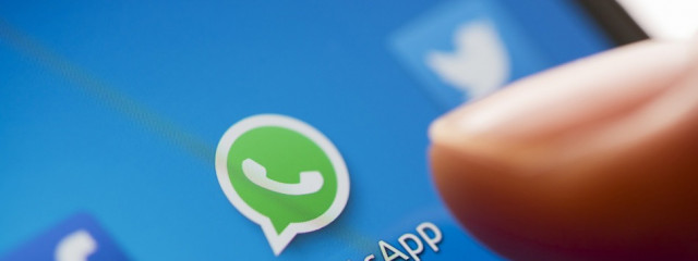 WhatsApp передаст базу с номерами телефонов пользователей компании Facebook