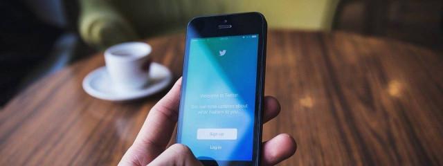 Основатель Twitter протестировал аналогичный Clubhouse сервис Spaces