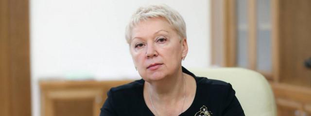 Ольга Васильева: школа должна дать детям хорошую замену бездумной трате часов в интернете